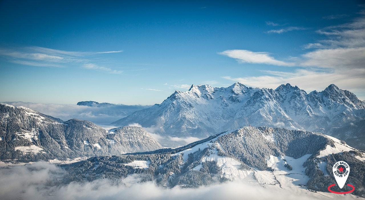 Grandiose Ausblicke gibt's im Skicircus viele – wie der in Richtung Jakobskreuz |©Mirja Geh