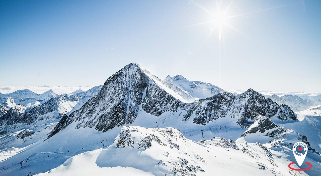 Freestyle- und Freeride-Paradies in einem: Der Stubaier Gletscher  ©André Schönherr