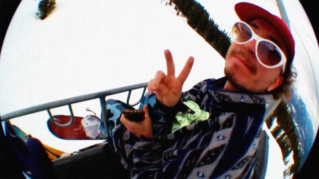 Prime-Snowboarding-Lucas-Baume-Yungdoli-02