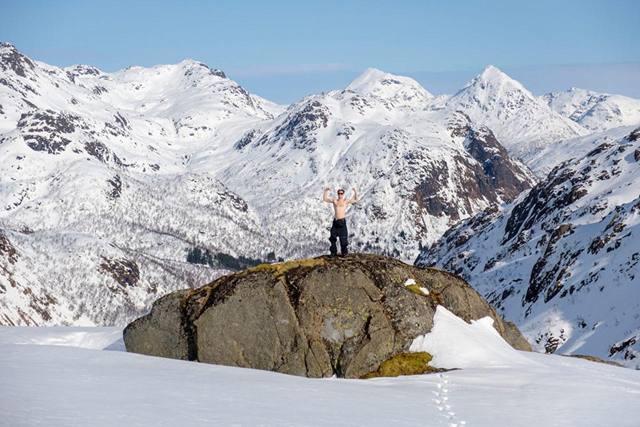 Nach dem Aufstieg das Gipfelfoto nicht vergessen! |©NItro/Bob Plumb