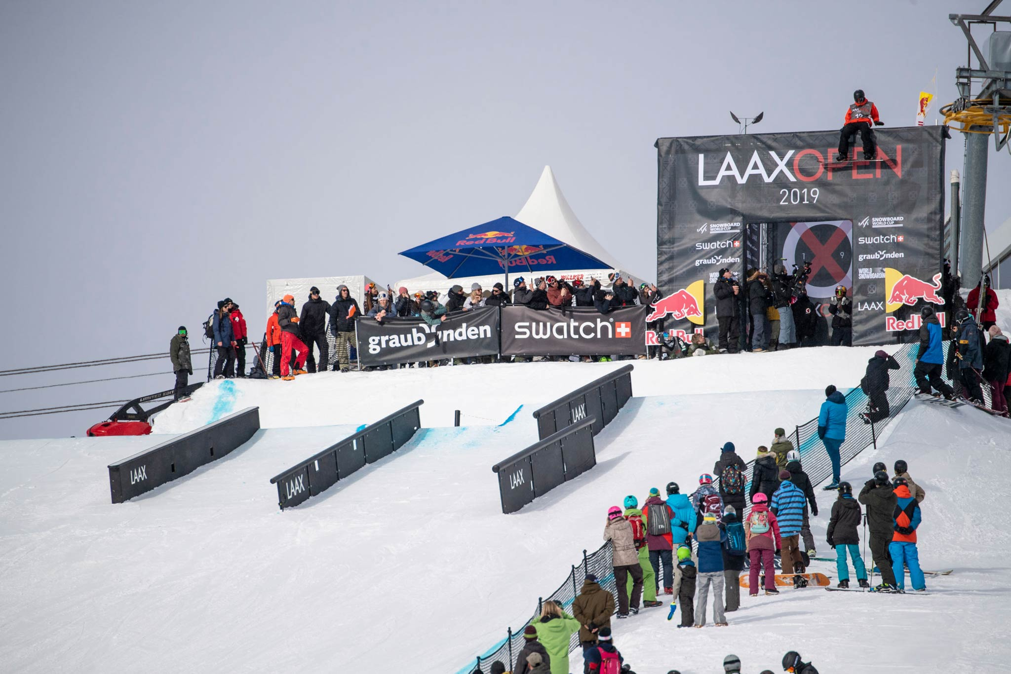 Der Slopestyle Kurs wird nicht der einzige Platz für Action und Unterhaltung bei den LAAX Open 2020 werden. - Foto: Laemmerhirt