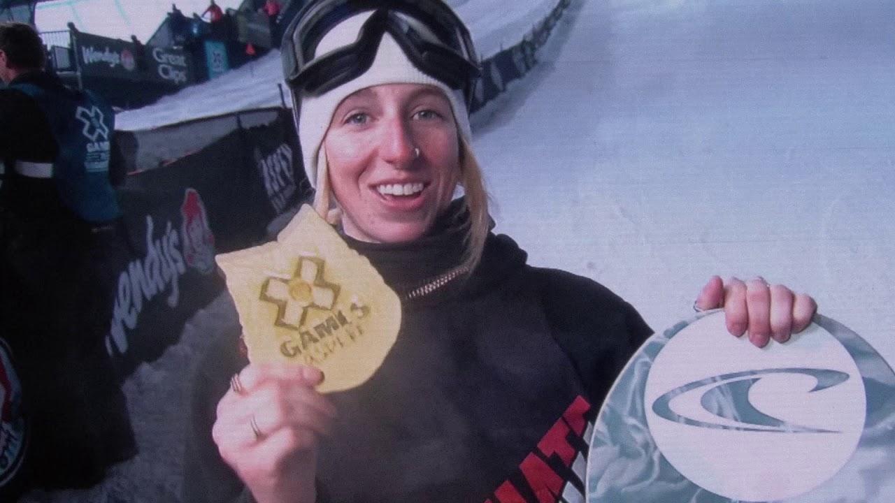 Uprise: Laurie Blouin über Licht und Schatten im Snowboarden