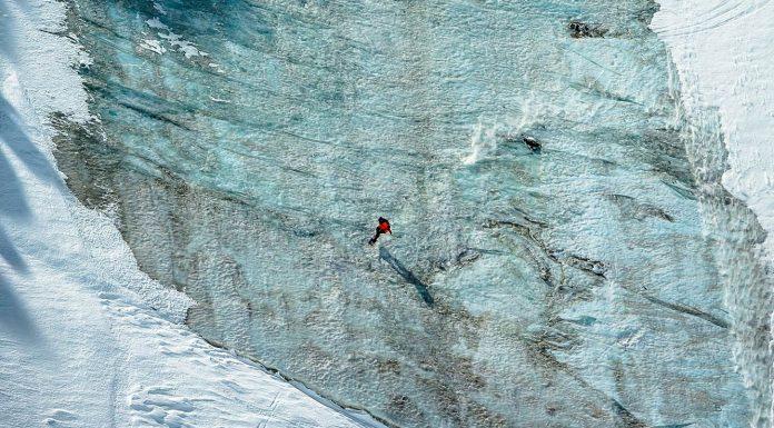 Neu im Jones Snowboards Team: Victor De Le Rue - Foto: Fabian Bodet