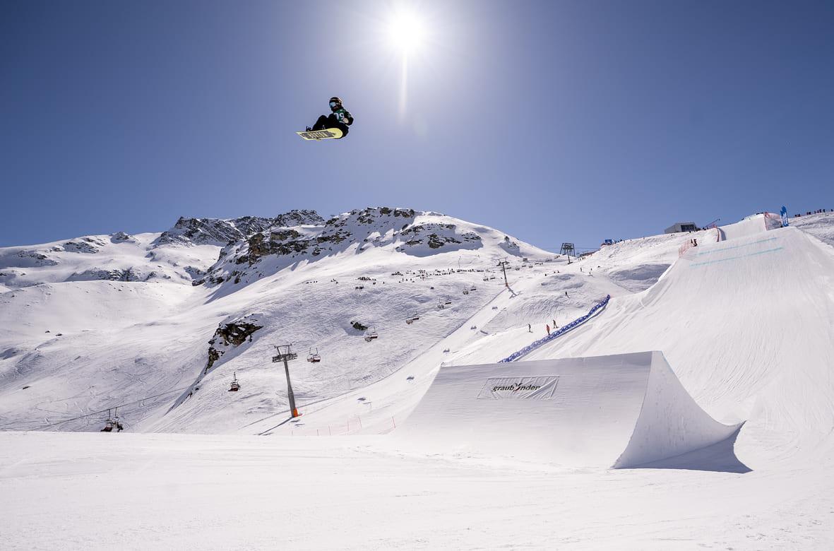 Reira_Iwabuchi_Snowboard_World_Cup_Corvatsch_2021